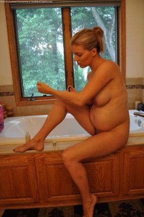 amateur photo Nice bathtub