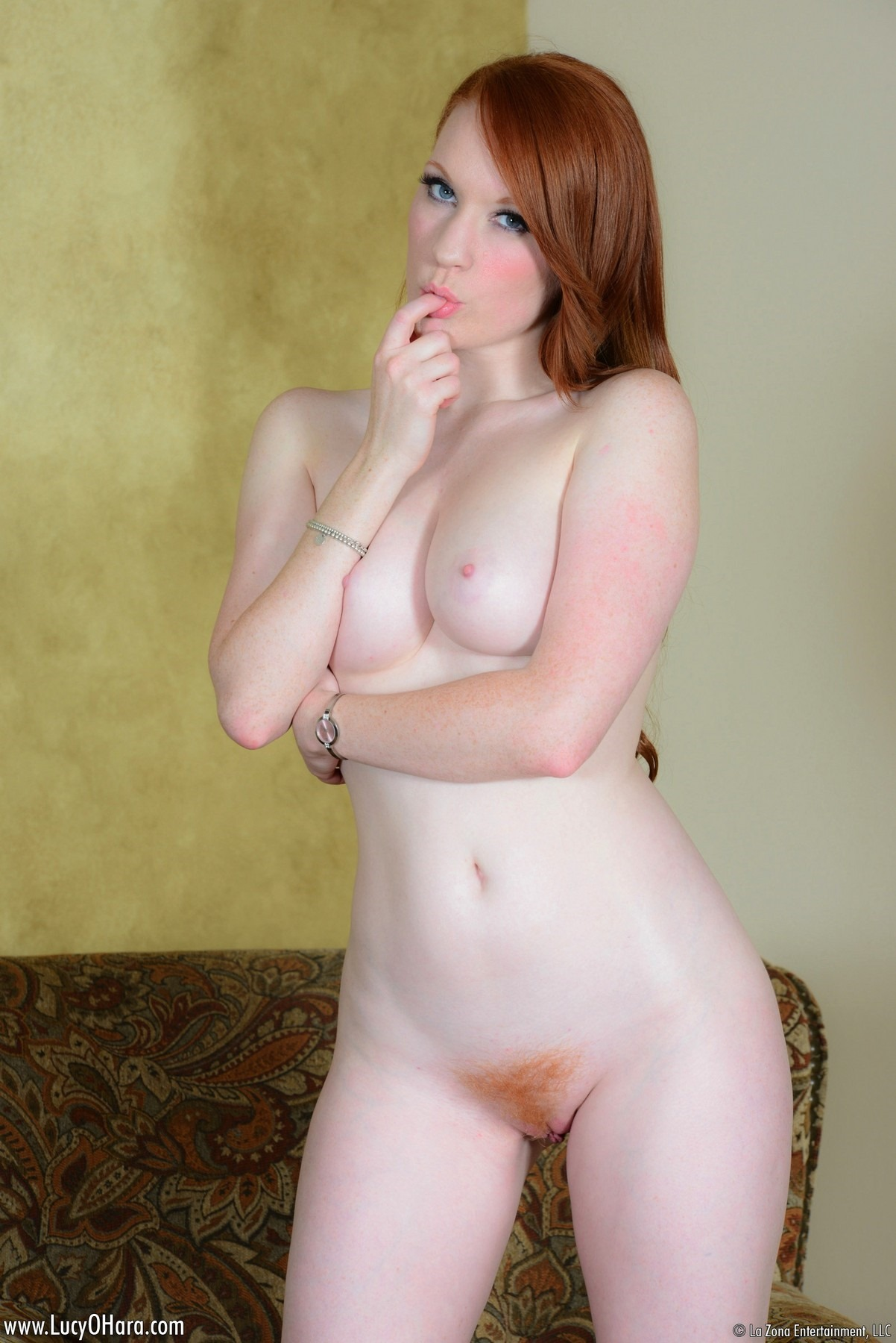 Sexy Redhead Lucy Ohara Upskirt - Pale redhead pussy lucy - New porn