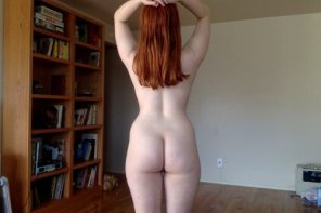 amateur photo Pale buns