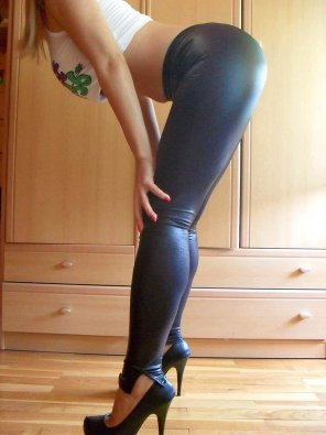 amateur photo PictureSexy in Leggings