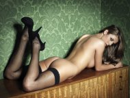 amateur photo Elle Basey