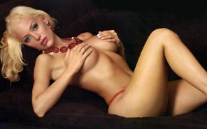 amateur photo Evangelina Anderson