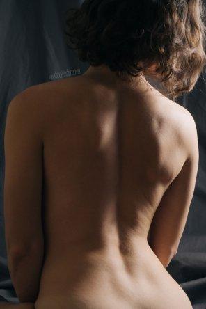amateur photo Back side [F]