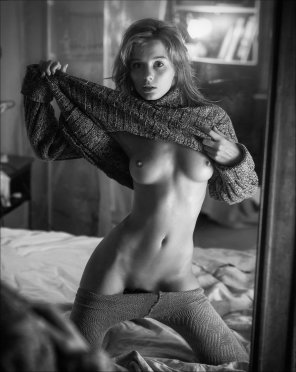 amateur photo Love The Sweater