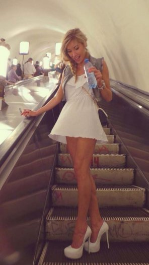 amateur photo Escalator