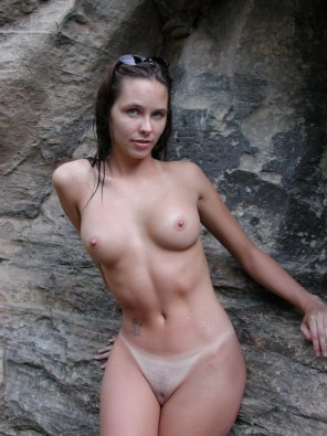amateur photo Naked and wet