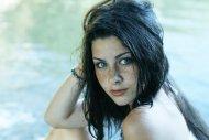 amateur photo Piercing blue
