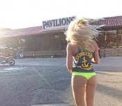 amateur photo Biker bar