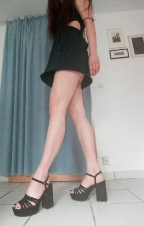 amateur photo Trying out my summer dress 👗