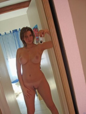 amateur photo Another mirror pic