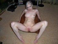 amateur photo Cute blonde spread open