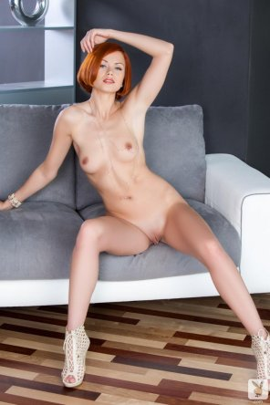 amateur photo Redhead Kami gets naked