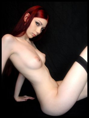 amateur photo Red, pale & pierced