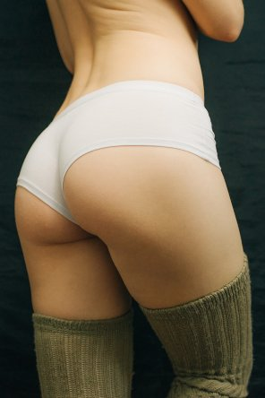 amateur photo My round ass in a white short panties [F] [OC]