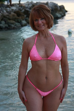 amateur photo Sexy Redhead GILF