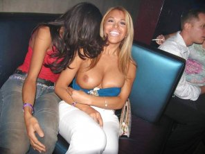 amateur photo Embarrassed by her flashing friend at a party