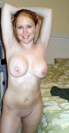 amateur photo Ginger before some fun in the bedroom