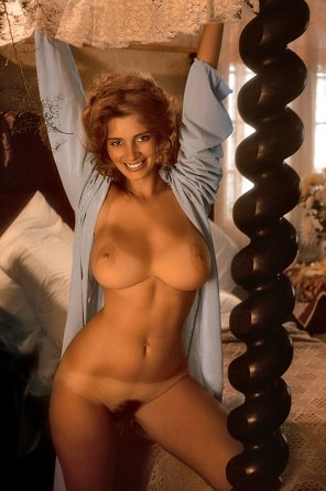 amateur photo Vintage curves - Janet Lupo