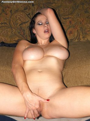 amateur photo Gianna Michaels touching herself