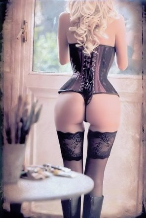 amateur photo Blonde in a Corset