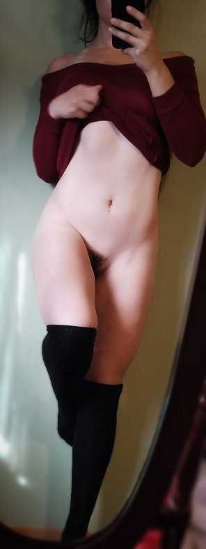 amateur photo I hope you guys aren't tired of this 5'3 nymph yet 😘 [f][21]