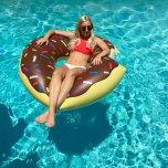 amateur photo Floating donut
