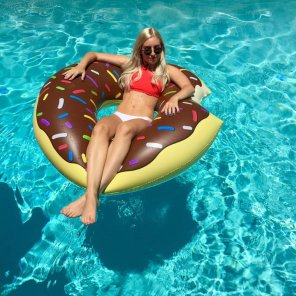 amateur photo Floating donut