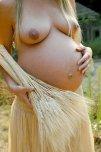 amateur photo grass skirts