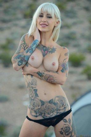 amateur photo sexy blonde