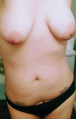 amateur photo My after shower tits [f/35]