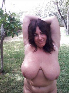 amateur photo BIG Boobies