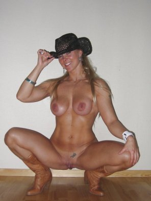 amateur photo Cowgirl MILF