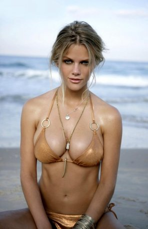 amateur photo Brooklyn Decker