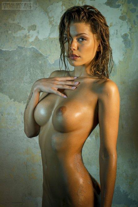 Anjou Porn Photo