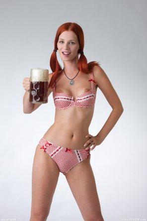 amateur photo Ariel, sweet beer girl.