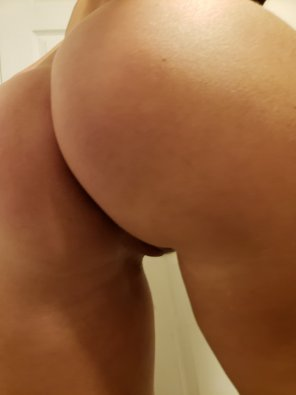 amateur photo Sweet Ass [OC]