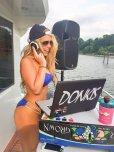 amateur photo DJ Hips