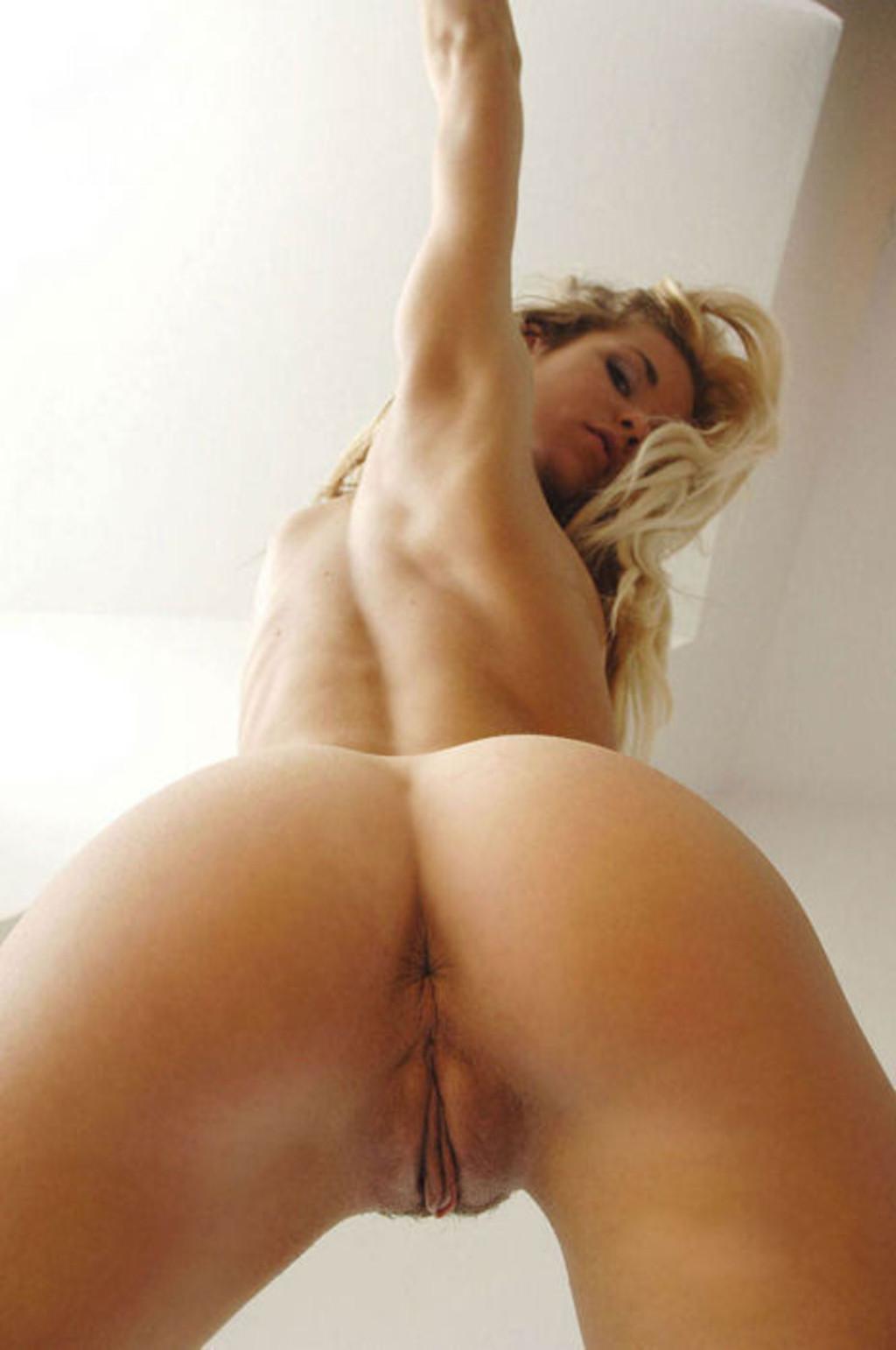 Milf ass view rear