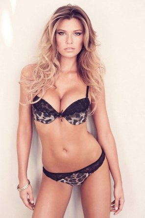amateur photo Samantha Hoopes
