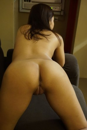 Young brides fucking giant cock