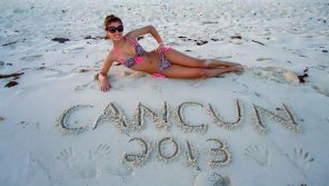 amateur photo Cute brunette with a nice little bikini body who, apparently in 2013, went to Cancun