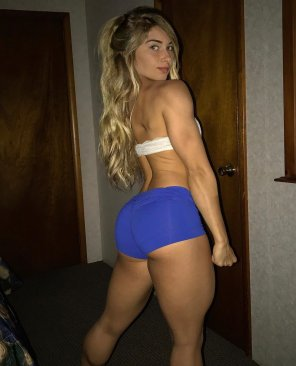 amateur photo Carriejune minibeast pose