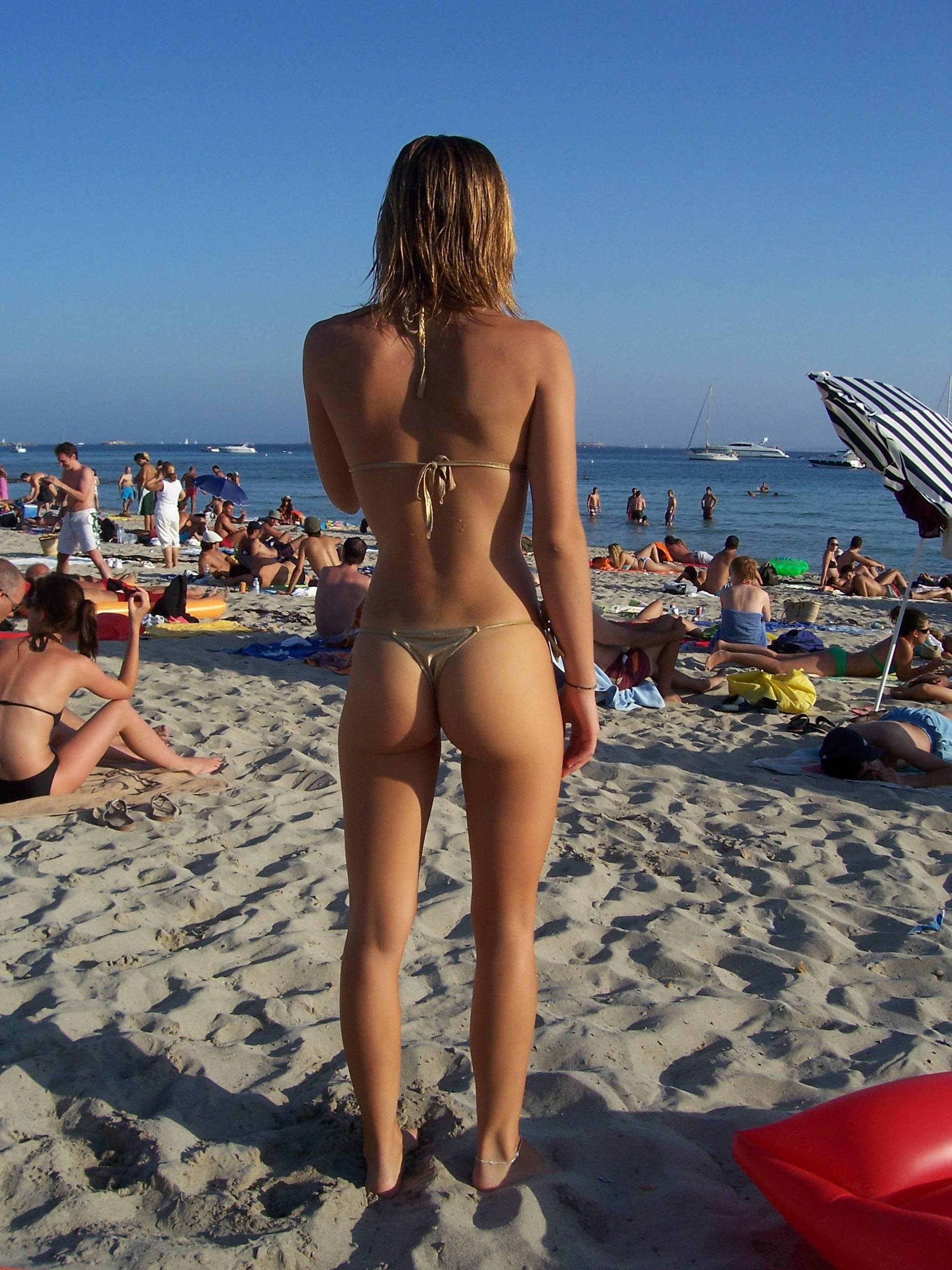 candid Hottest bikini