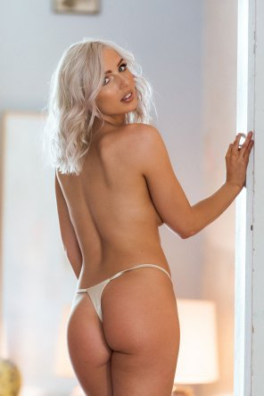 amateur photo Lissy Cunningham for Page 3