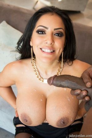 amateur photo Kiara Mia enjoys cum from that black cock