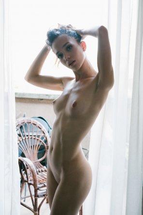 amateur photo Flat abs
