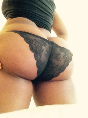 amateur photo Black lace...