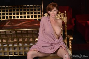 amateur photo Veronica Avluv