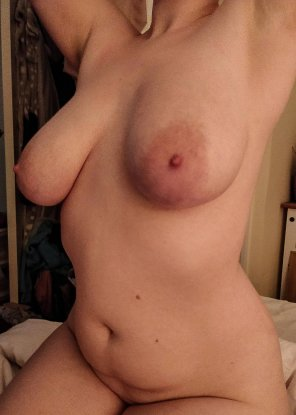 amateur photo Show me some love [F] [OC]