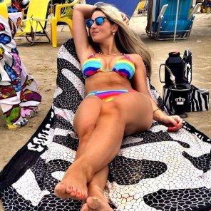 amateur photo PictureColorful bikini